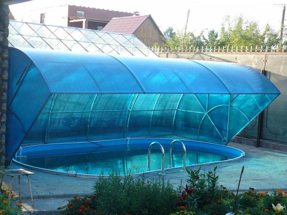 откидной навес для бассейна